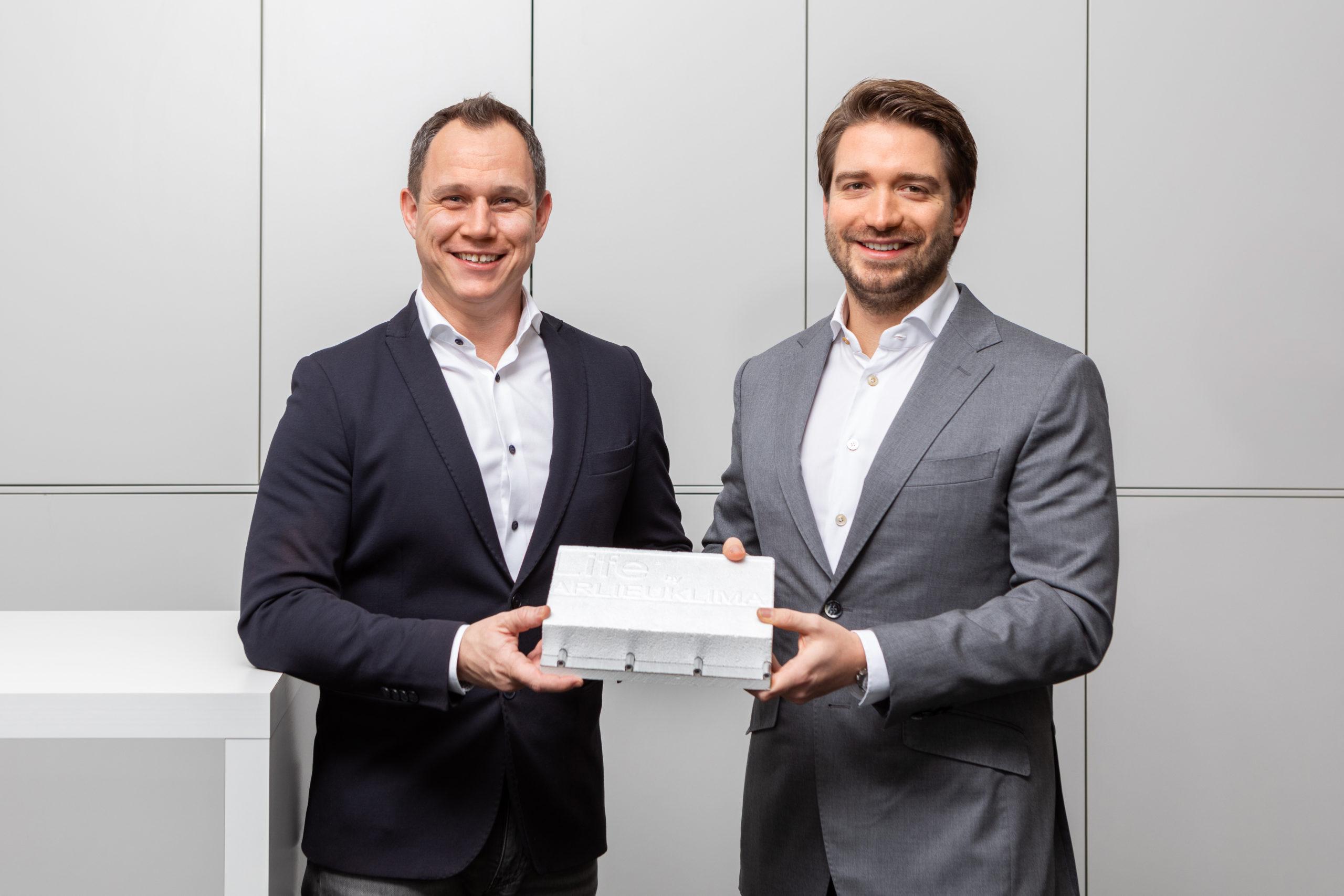 Geschäftsleitung liVENTO Jürgen Merkle und Geschäftsleitung KE KELIT Karl Egger